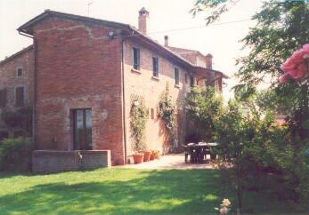 Farmhouse in Tuscany - Exterior View