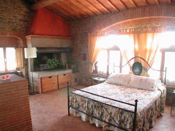 Villa_Antico_Podere_Arezzo_Upstairs_Suite