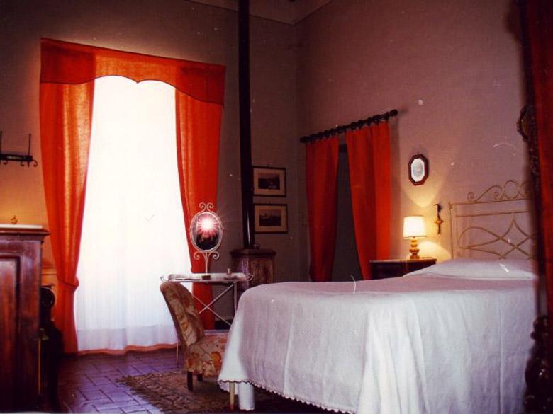 Villa_San_Castella_San_Sepolcro_Arezzo_Bedroom