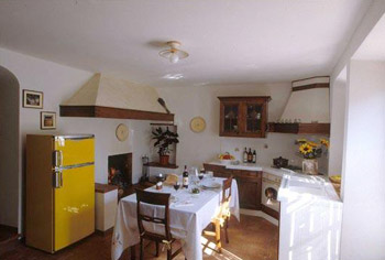 Apartment Old House Chianti, Tuscany - Kitchen