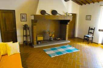 Villa Certaldo 1 Florence - Fireplace