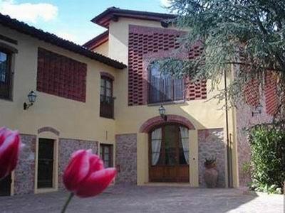 Tuscany luxury holiday villa - Exterior View