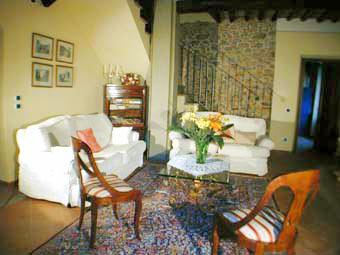 Villa-Casa-Paradiso-Lucca-Sittingarea