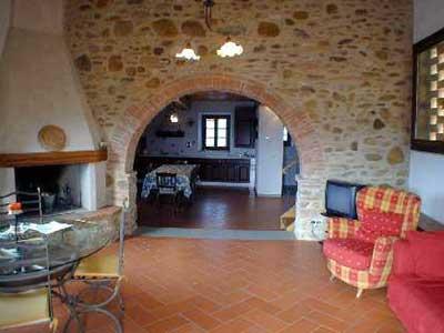 Cottage Wine Barrel Florence - Living Room