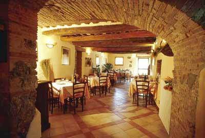 Apartment Monteriggioni 8 - restaurant
