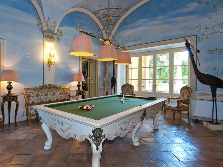 Billiards Court