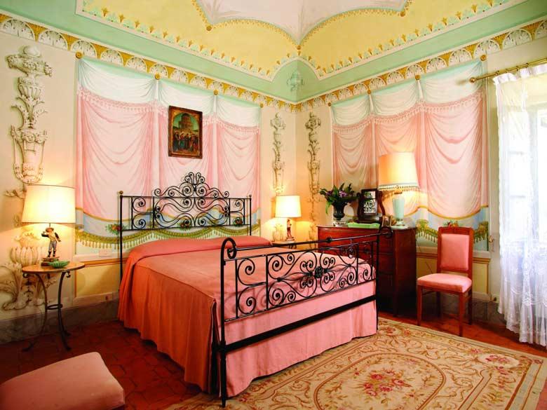 Villa Val d`Elsa_Fresco bedroom