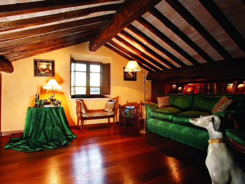 Villa Val d`Elsa_Lounge in bedroom