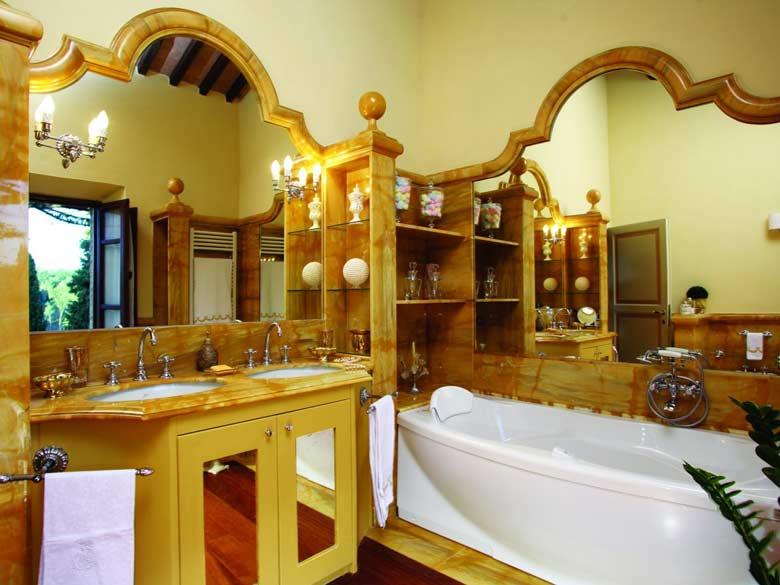 Villa Val d`Elsa_Bathroom2