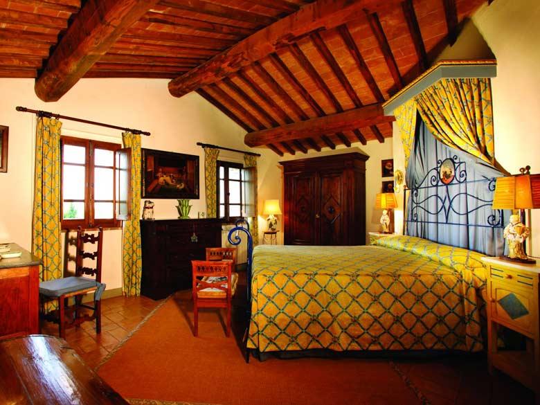 Villa Val d`Elsa_Dependence bedroom