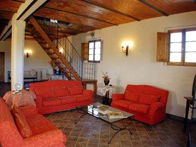 Farmhouse Podere Pienza Tuscany  - Living Room