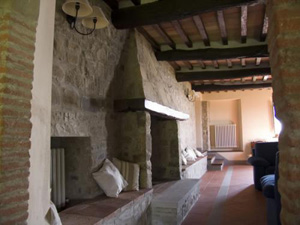 Farmhouse Mandorlo_Fireplace